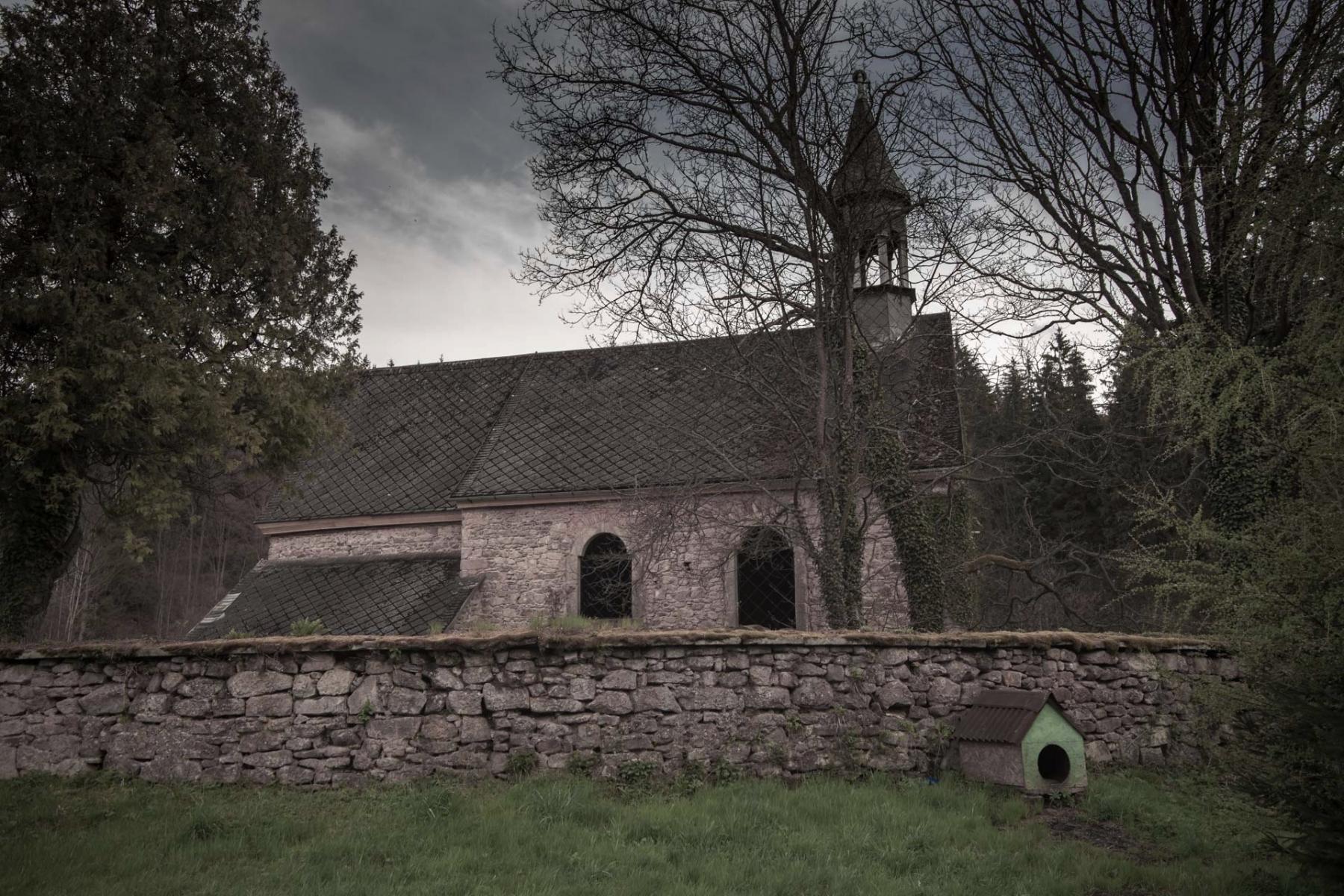 Dawny kościół  św. Michała Archanioła w Okrzeszynie