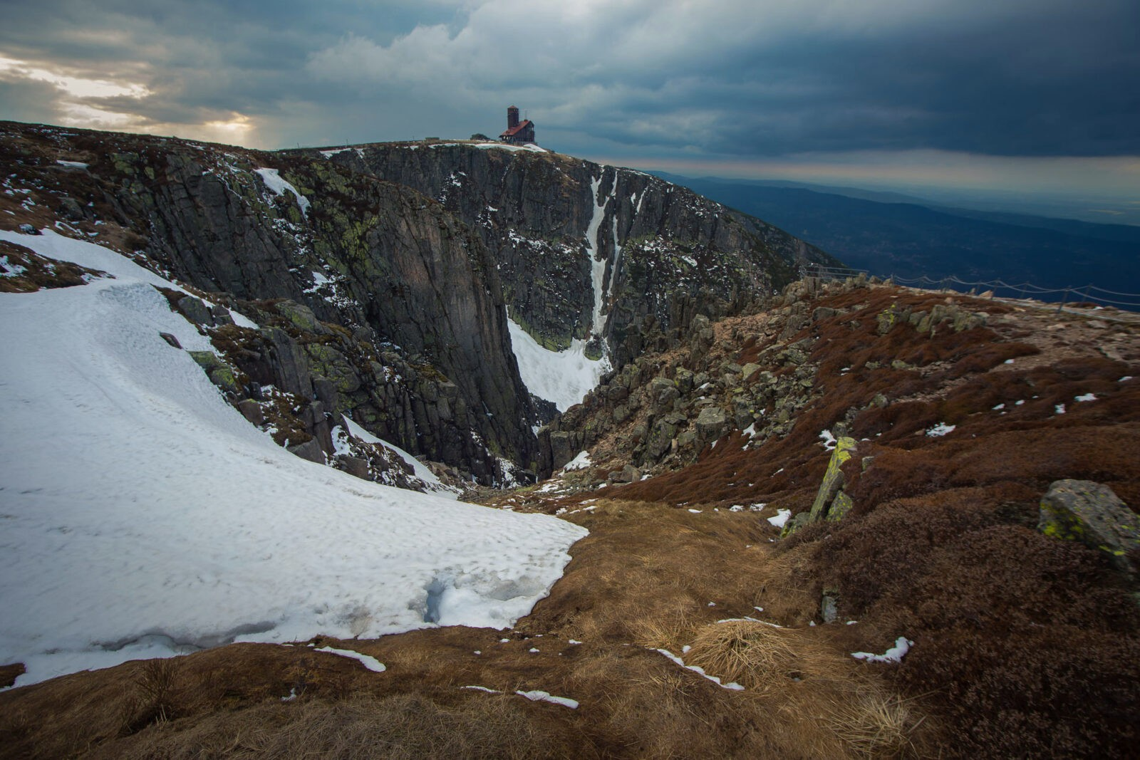 Wielki Śnieżny Kocioł fot.Krzysztof Romańczukiewicz www.fotoPort.pl