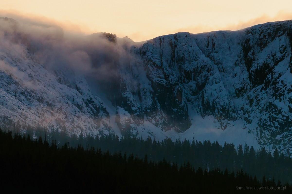 Wielki Śnieżny Kocioł wzimie