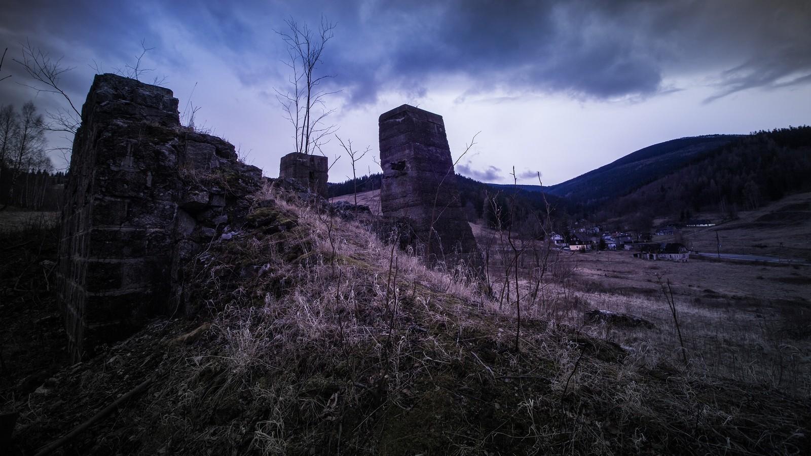 Beronowe podpory - Kowary, teren podawnej kopalni uranu