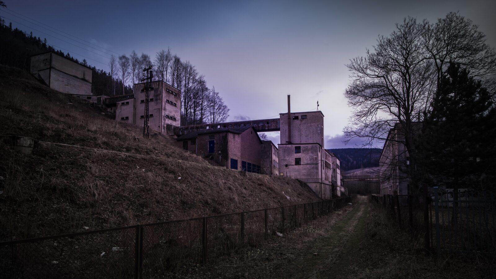 Dawne zakłady wzbogacania uranu wKowarach