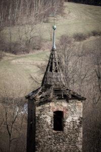Dawny kościół w Pastewniku (ruiny)